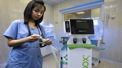 NOxBOXi integrated gas delivery system for inhaled nitric oxide therapy